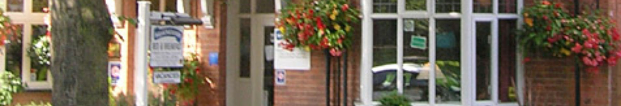 Salamander Guest House - Traditional Bed & Breakfast in Stratford-upon-Avon